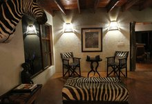 Za Mpl Mpala Safari Lodge At Night 5553